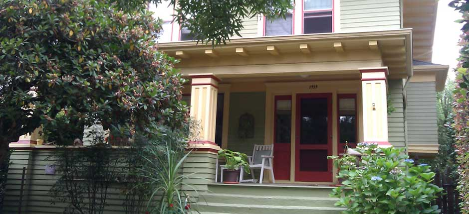 House Sitting for your charming Portland Area Homes